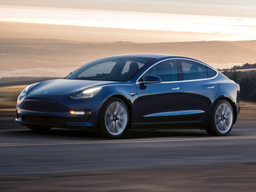 แนะนำ รถยนต์ไฟฟ้า จาก Tesla